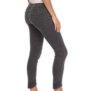 Roxy Suntripper grey jeans